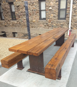 Reclaimed Barn Barm Picnic Table