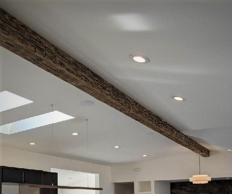 Reclaimed Antique Barnwood Ridge Beam
