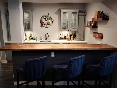 Reclaimed Barnwood Timbers Basement Bar