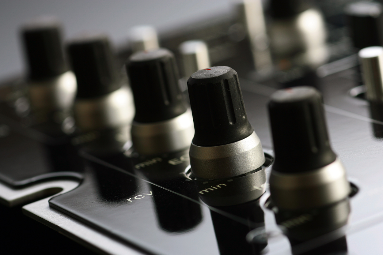 Vestax-PMC08-ProB-knobs.jpg