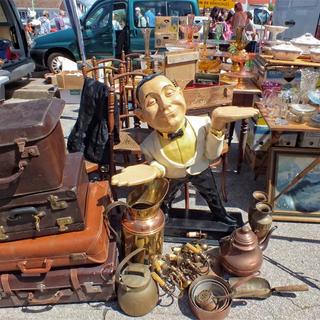 Flea markets.webp