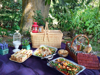Pick-Up Picnic Package