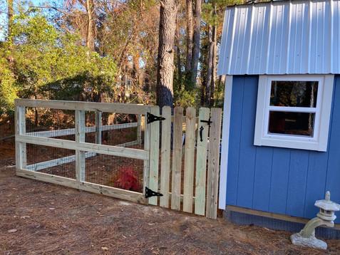 Wire 3 Rail Fence