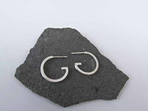 Modern G Hoop Earrings