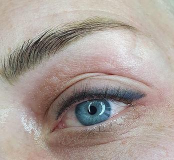 eyeliner shadow.jpg