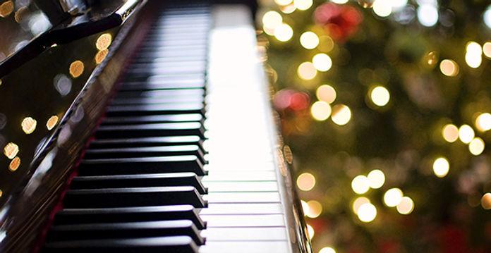 580-1085692 piano christmas.jpg