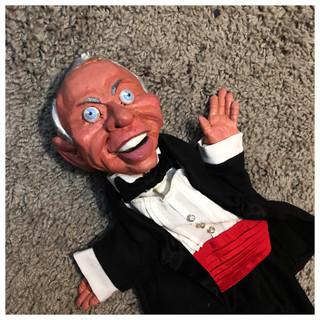 Frank Sinatra puppet detail