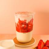 Strawberry yogurt w/ crystal boba
