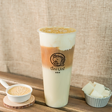 Soy milk foam black tea latte w/ soy milk pudding