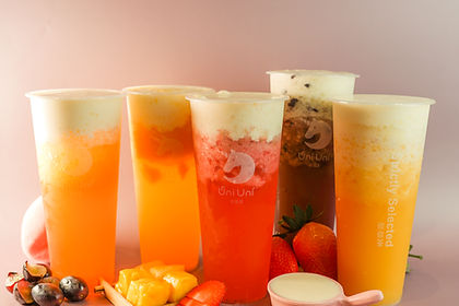 Fresh Fruit Tea with Cheese Foam 芝士云顶水果茶