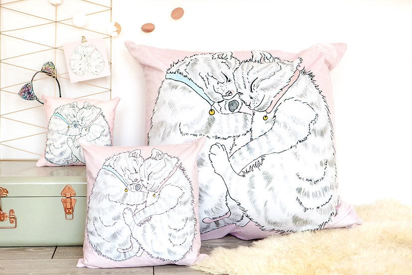 Cuddling Kittens Velvet Bean Bag