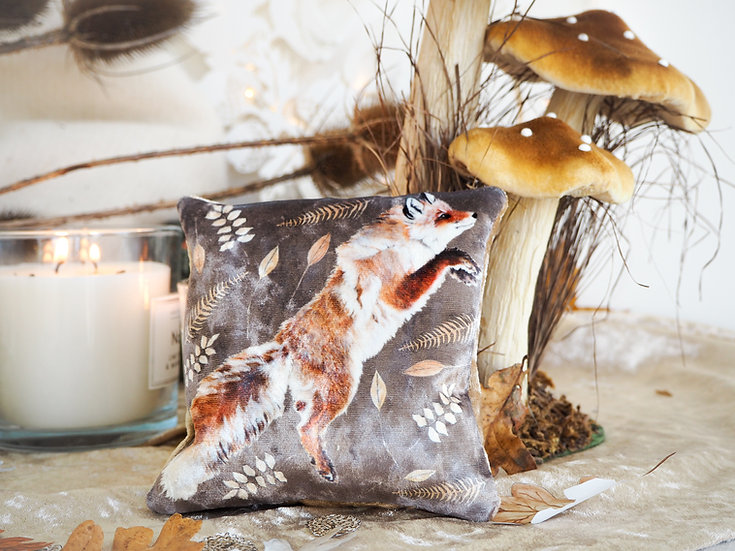 Leaping Fox Velvet Lavender Bag
