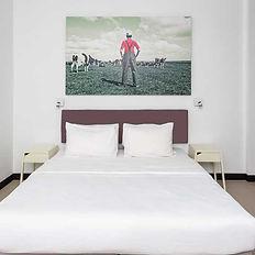 Hotel_.jpg