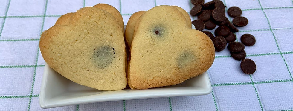 Chocolate chip cookies x 6