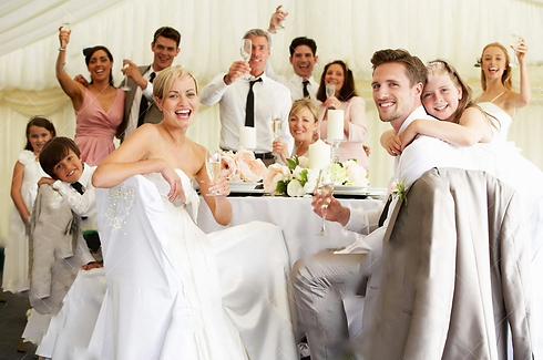 bride-groom-celebrating-guests-reception