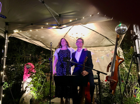 Jazz duo L'Estranges in the Night – 23rd Sept 2020