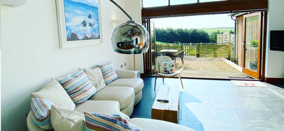 eco-lounge-2020.jpg