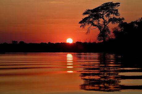 Sonnenuntergang am Okavango, ©Helmut Schäfer - Cheetah Tours & Safaris Namibia