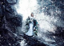 Snow White Photoshoot   Fine Art Photography   Fairytale Photo   Romantic Portraits   Winter Fairy  