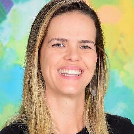 Ludmila Freitas