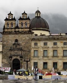 Tour operadora Colombia Bogotá