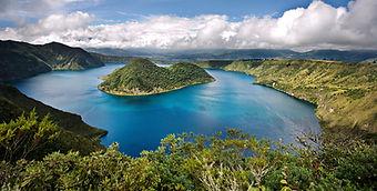 Poznávací zájezd Ekvádor laguna Cuicocha