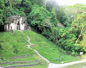 Palenque templo cruz foliada Ranatours