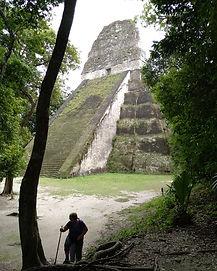 Tikal / Mexiko český průvodce / zájezd do Tikalu