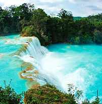Agua Azul / Mexiko český průvodce / zájezd do Tikalu