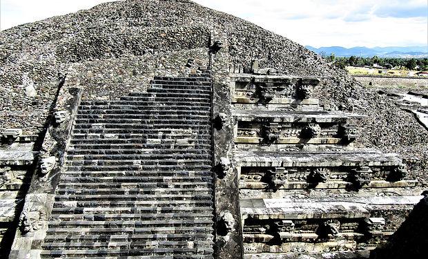 Teotihuacan Ranatours.jpg