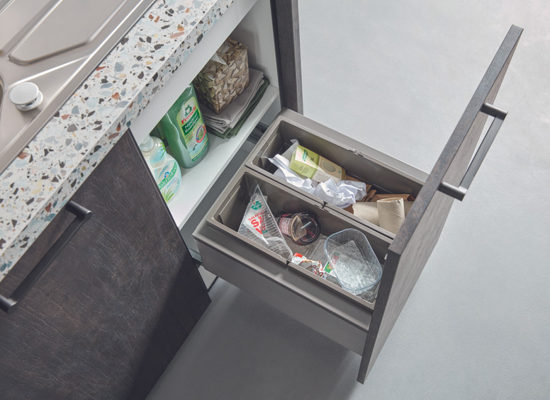 good_quality_pull_out_waste_bin_450mm_un