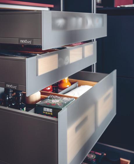 glass-fronted-drawer-internal-drawer.jpg