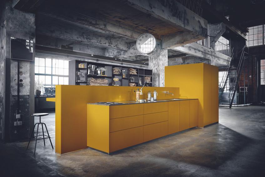 kitchen-island-yellow-mustard-next125.jp