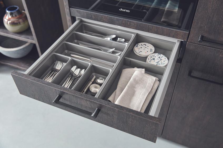 cutlery_insert_for_a_600mm_drawer.jpg