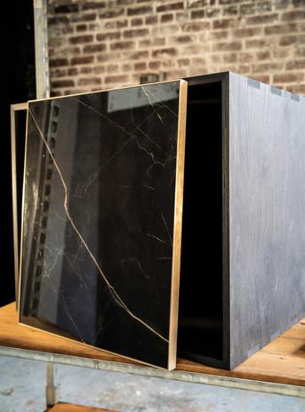 ceramic-marble-kitchen-fronts-brass-blac