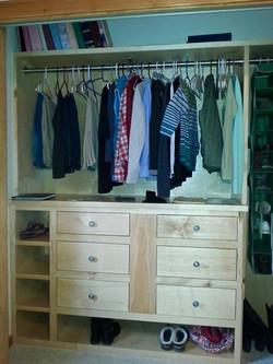 Maple Closet Set