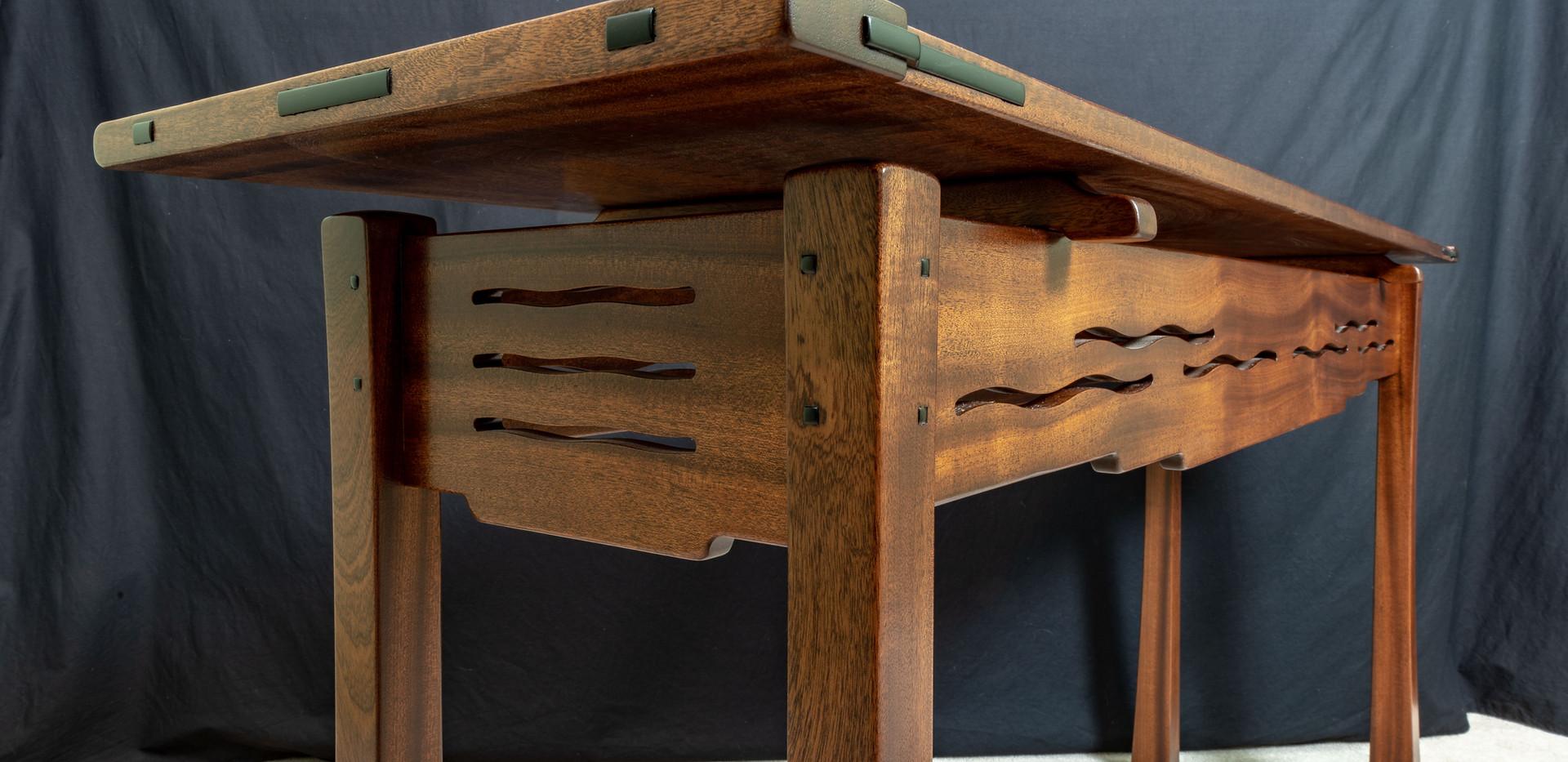 Stix's Wooddworks Custom Table 1.jpg