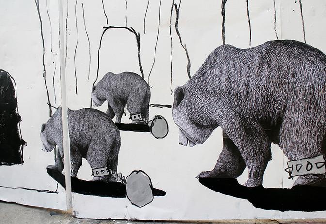 Racist-bear-street03.jpg