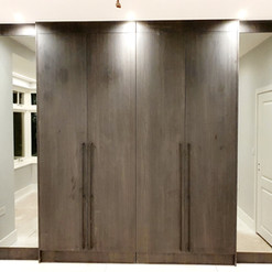 Bespoke Wardrobe with Mirrors_083837.jpg