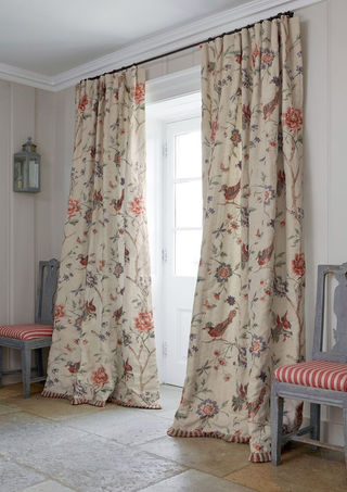 Colefax & Fowler         We love the paired  down elegance of  this image