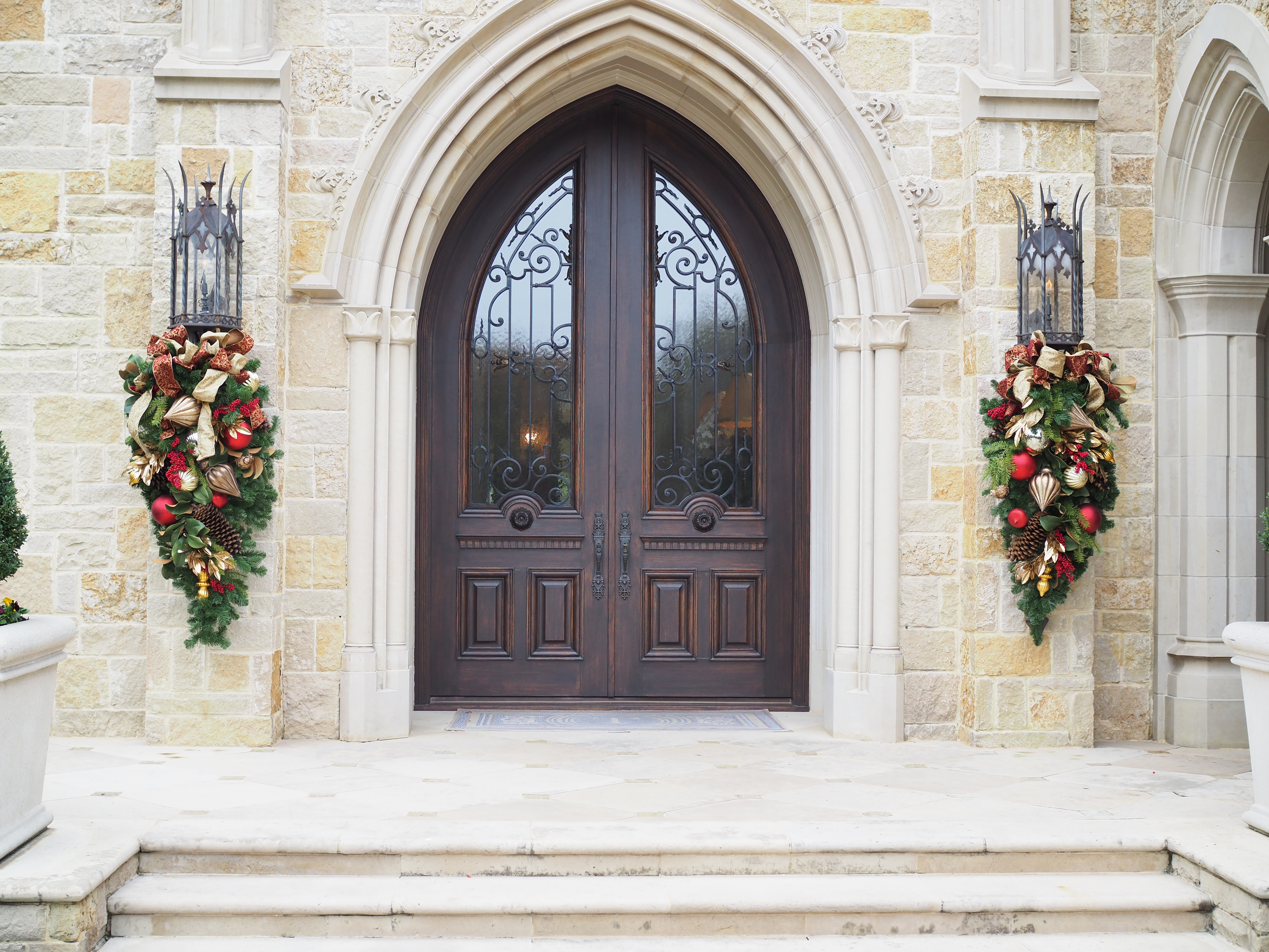 Front Entryway Garland Swags