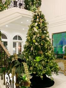 Custom Stair garland with custom decorated Christmas tree