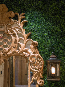 Custom Boxwood Wall  detail