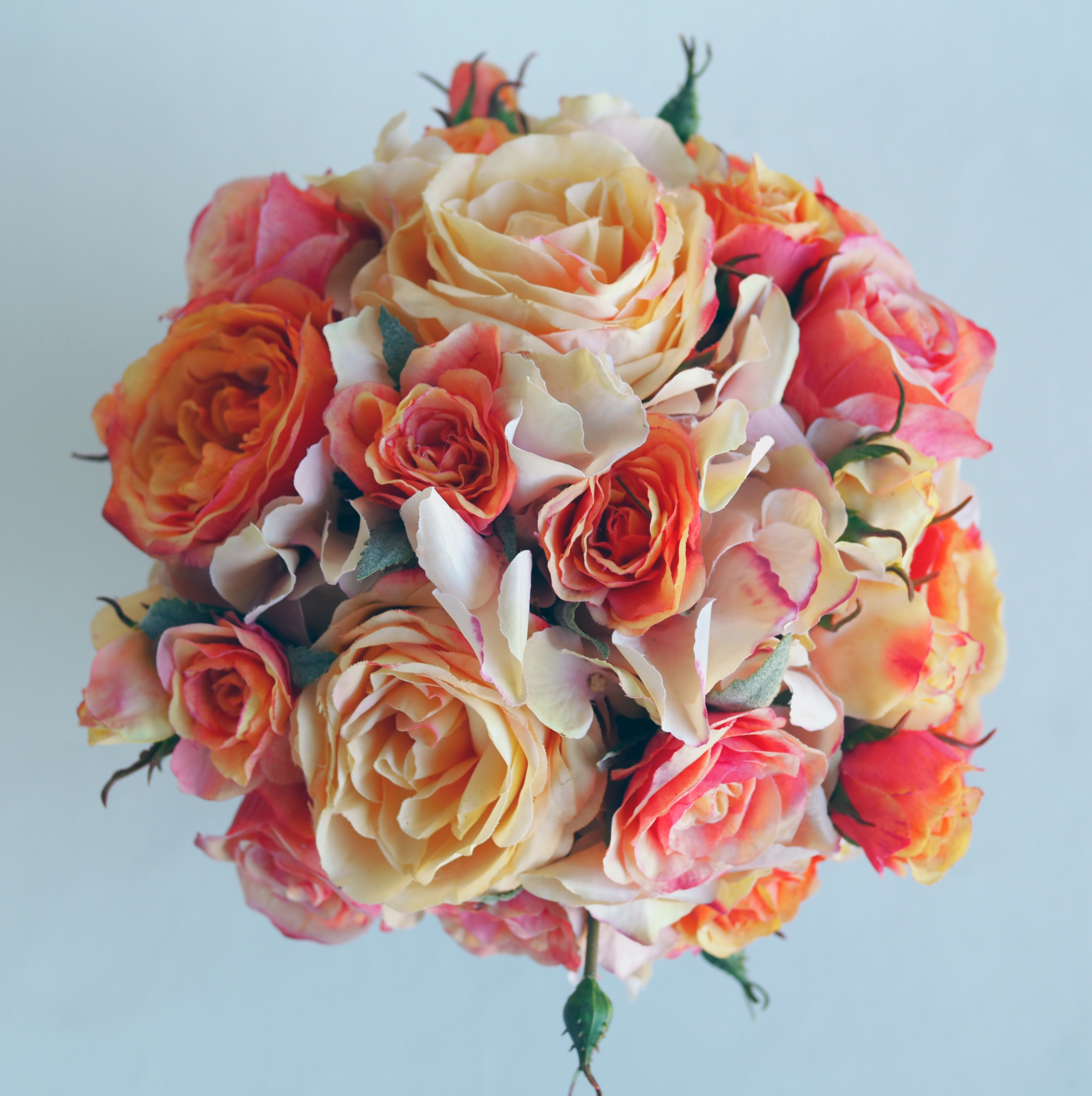 Dreamy faux Rose Arrangement