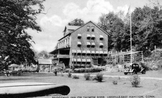 Bridgeway Inn Salmon River 1930s.jpg