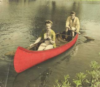 Cave Hill Couple in Canoe 1940s.jpg