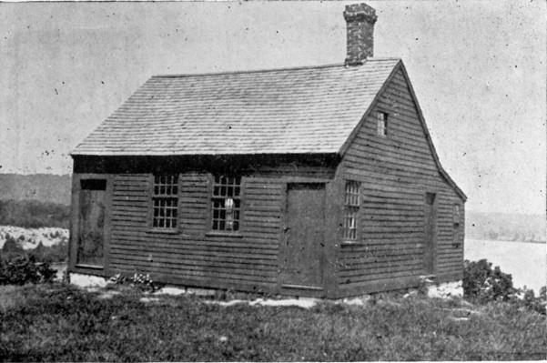 Nathan Hale Schoolhouse 1915.jpg