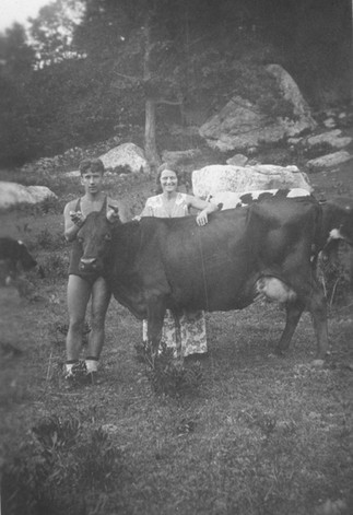 Cave Hill Couple and Cow.jpg