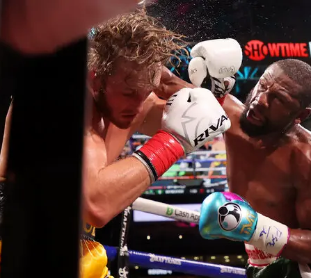 Paul vs Mayweather, who actually won?