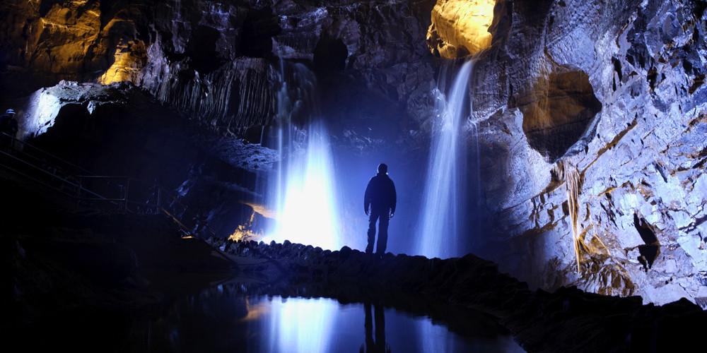cathedral_cave_slider_pics1.jpg